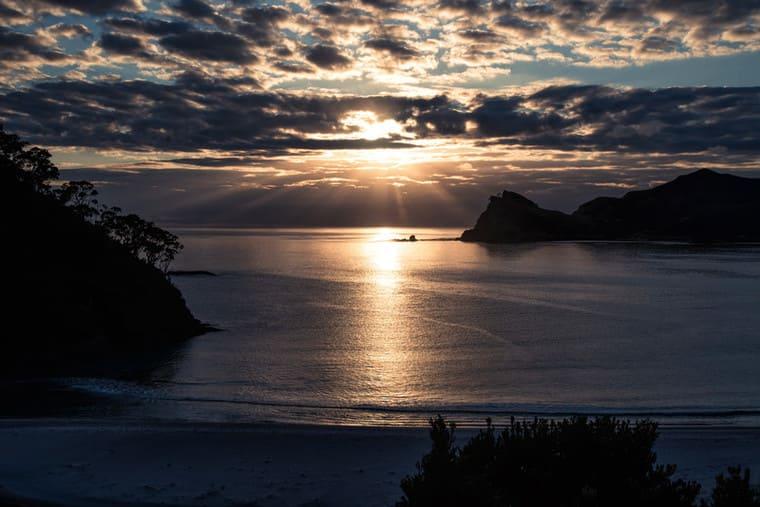 ニュージーランド天使のはしごの絶景