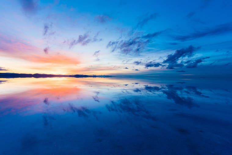 美しいウユニ塩湖