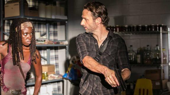 『ウォーキング・デッド』シーズン3 リックと話すミショーン