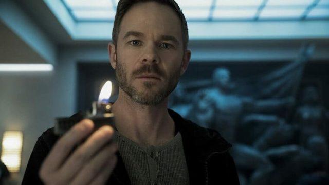 『ザ・ボーイズ』ライターを持ったランプライター