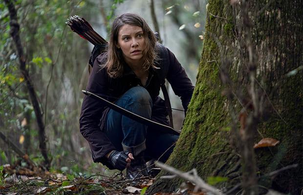 『ウォーキング・デッド』木の陰に隠れるマギー